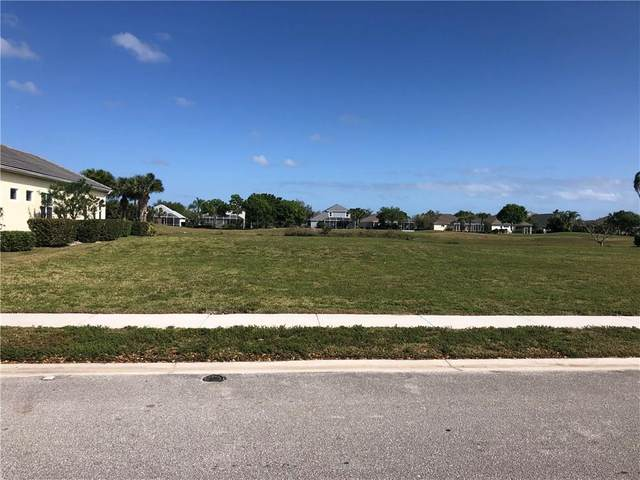 7610 S Village Square, Vero Beach, FL 32966 (MLS #230967) :: Team Provancher | Dale Sorensen Real Estate