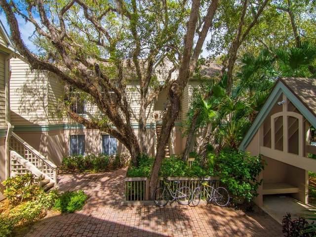 1315 E Winding Oaks Circle #908, Vero Beach, FL 32963 (MLS #230978) :: Team Provancher | Dale Sorensen Real Estate