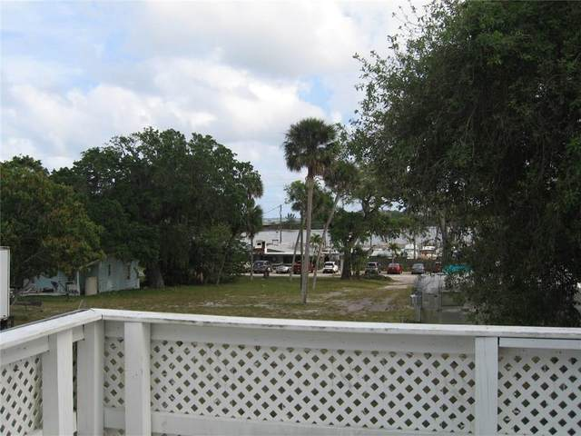 4055 Palm Avenue, Micco, FL 32976 (MLS #231085) :: Team Provancher | Dale Sorensen Real Estate