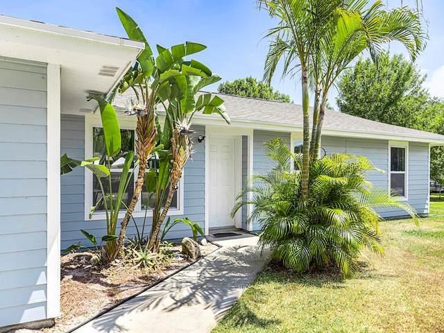 425 Pine Street, Sebastian, FL 32958 (MLS #231524) :: Billero & Billero Properties