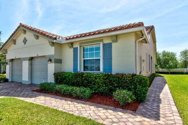 6325 Oxford Circle 104D, Vero Beach, FL 32966 (MLS #231941) :: Billero & Billero Properties