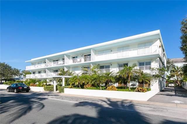 855 Dahlia Lane #305, Vero Beach, FL 32963 (MLS #232062) :: Team Provancher | Dale Sorensen Real Estate