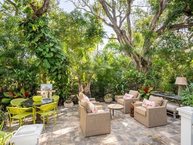 1460 Fern Court #304, Vero Beach, FL 32963 (MLS #232258) :: Team Provancher | Dale Sorensen Real Estate