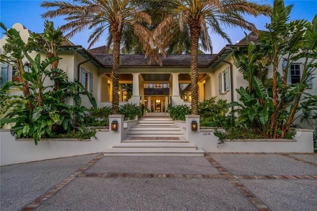 2208 E Ocean Oaks Lane, Vero Beach, FL 32963 (MLS #232282) :: Team Provancher   Dale Sorensen Real Estate