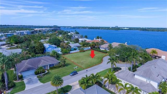 130 Mckee Lane, Vero Beach, FL 32960 (MLS #232401) :: Team Provancher | Dale Sorensen Real Estate