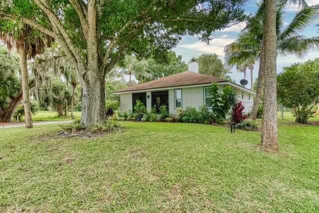 2845 Country Club Drive, Vero Beach, FL 32960 (MLS #232485) :: Team Provancher | Dale Sorensen Real Estate