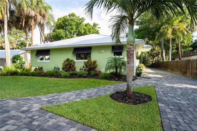 686 Broadway Street, Vero Beach, FL 32960 (MLS #232574) :: Team Provancher | Dale Sorensen Real Estate