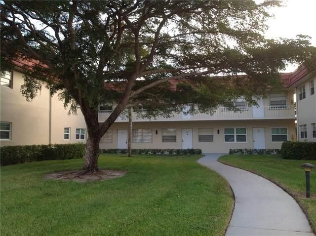 41 Woodland Drive #103, Vero Beach, FL 32962 (MLS #232694) :: Team Provancher | Dale Sorensen Real Estate