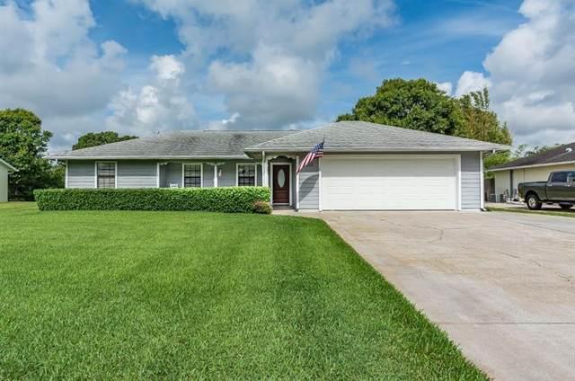 2015 19th Avenue SW, Vero Beach, FL 32962 (MLS #232725) :: Team Provancher | Dale Sorensen Real Estate