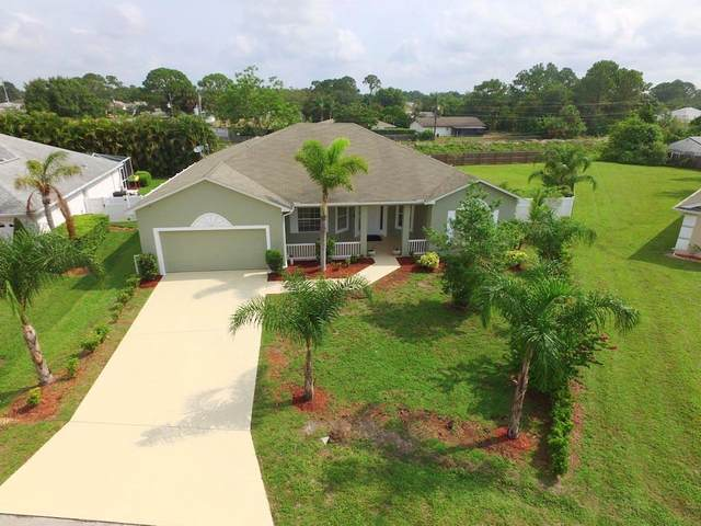 899 Lyons Circle NW, Palm Bay, FL 32907 (MLS #232861) :: Billero & Billero Properties
