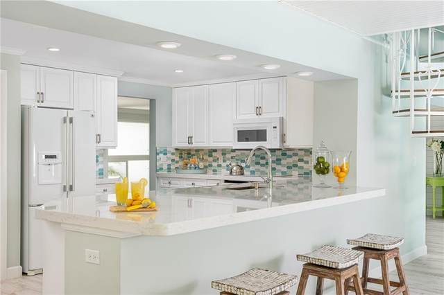 610 Honeysuckle Lane, Vero Beach, FL 32963 (MLS #233262) :: Team Provancher | Dale Sorensen Real Estate