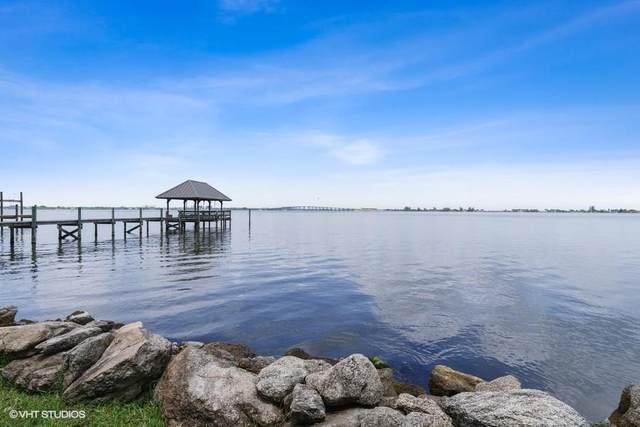 1316 S Riverside Drive, Indialantic, FL 32903 (MLS #233883) :: Team Provancher | Dale Sorensen Real Estate
