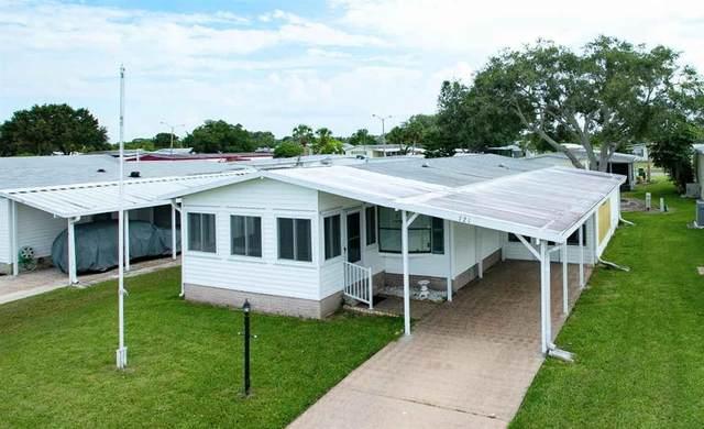 721 Silverthorn Court, Barefoot Bay, FL 32976 (MLS #233884) :: Team Provancher | Dale Sorensen Real Estate