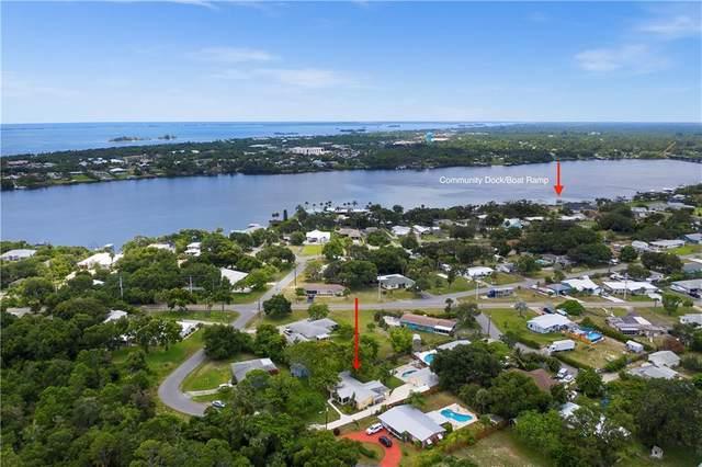 3733 Lakeview Drive, Micco, FL 32976 (MLS #234011) :: Billero & Billero Properties
