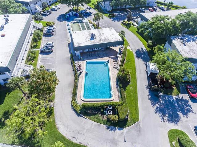 2800 Indian River Boulevard Q6, Vero Beach, FL 32960 (MLS #234225) :: Team Provancher | Dale Sorensen Real Estate