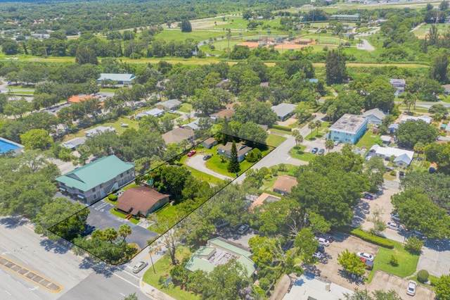 3800 20th Street, Vero Beach, FL 32960 (MLS #234305) :: Team Provancher | Dale Sorensen Real Estate