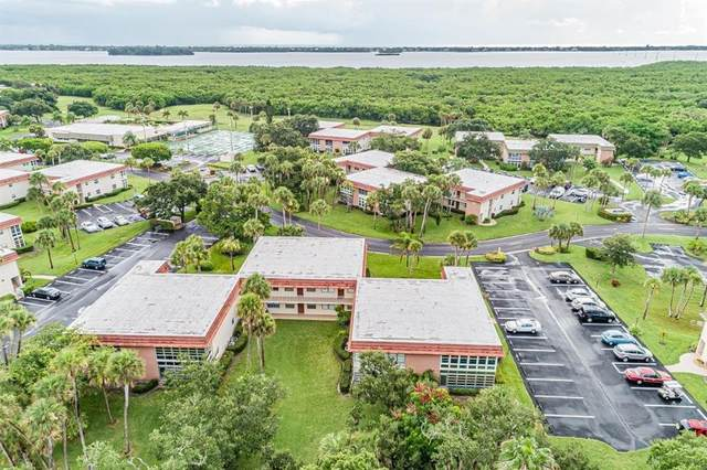 18 Vista Gardens Trail #207, Vero Beach, FL 32962 (MLS #234372) :: Team Provancher   Dale Sorensen Real Estate