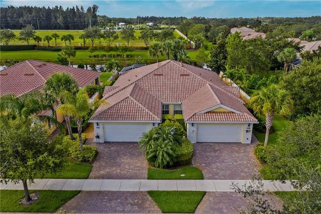 5465 Dominica Street, Vero Beach, FL 32967 (MLS #234595) :: Team Provancher | Dale Sorensen Real Estate