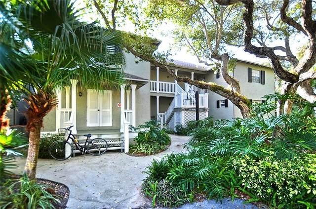 1215 Winding Oaks Circle E #403, Vero Beach, FL 32963 (#234766) :: The Reynolds Team/ONE Sotheby's International Realty