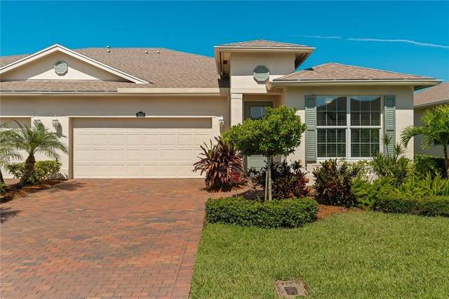 1825 Red Oak Terrace, Vero Beach, FL 32966 (MLS #234770) :: Team Provancher | Dale Sorensen Real Estate