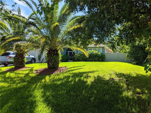 8715 102nd Court, Vero Beach, FL 32967 (#234811) :: The Reynolds Team/ONE Sotheby's International Realty