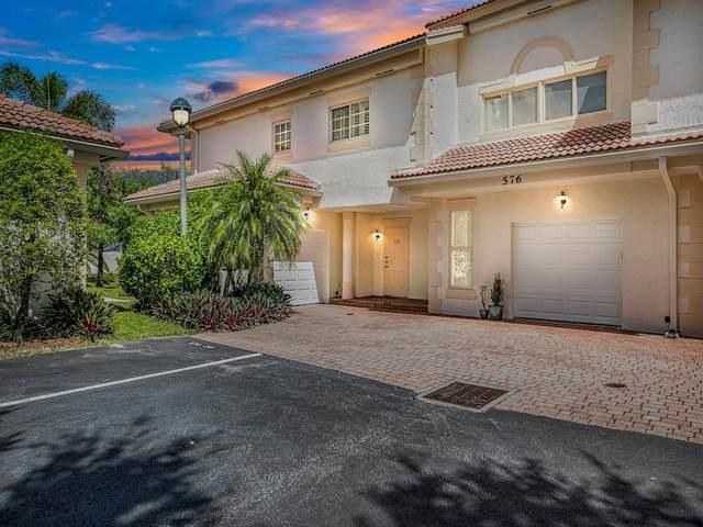 576 7th Square #101, Vero Beach, FL 32962 (MLS #235211) :: Team Provancher | Dale Sorensen Real Estate