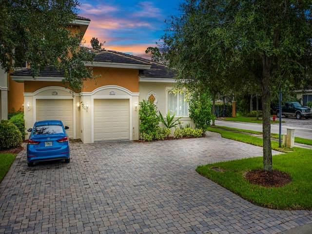 838 Middleton Drive SW, Vero Beach, FL 32962 (#235630) :: The Reynolds Team/ONE Sotheby's International Realty