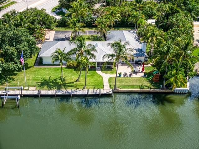1631 W Camino Del Rio, Vero Beach, FL 32963 (MLS #235844) :: Billero & Billero Properties