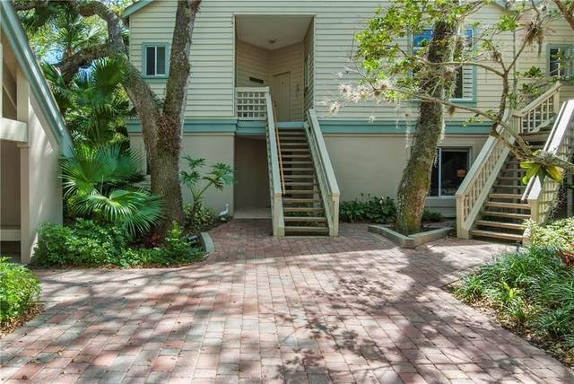1335 Winding Oaks Circle #1001, Vero Beach, FL 32963 (MLS #235875) :: Team Provancher | Dale Sorensen Real Estate