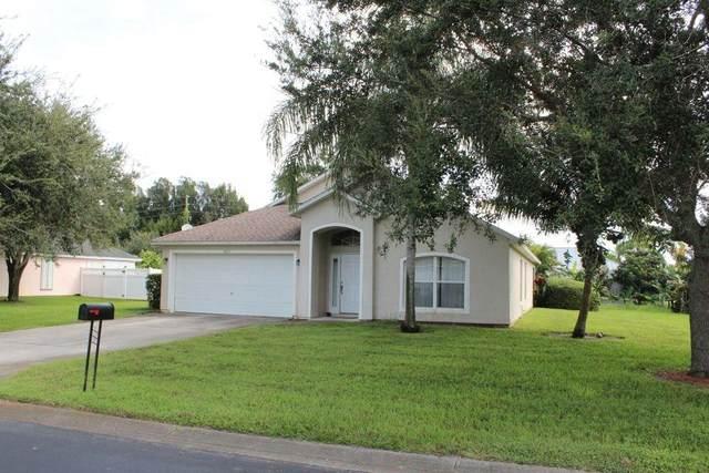 4818 51st Court, Vero Beach, FL 32967 (MLS #236824) :: Team Provancher | Dale Sorensen Real Estate