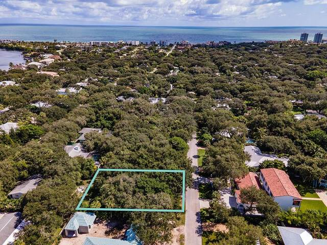 315 Holly Road, Vero Beach, FL 32963 (MLS #236863) :: Billero & Billero Properties