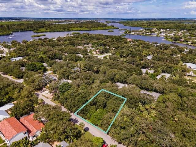 325 Holly Road, Vero Beach, FL 32963 (MLS #236865) :: Billero & Billero Properties