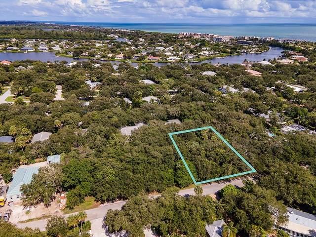 425 Holly Road, Vero Beach, FL 32963 (MLS #236866) :: Billero & Billero Properties