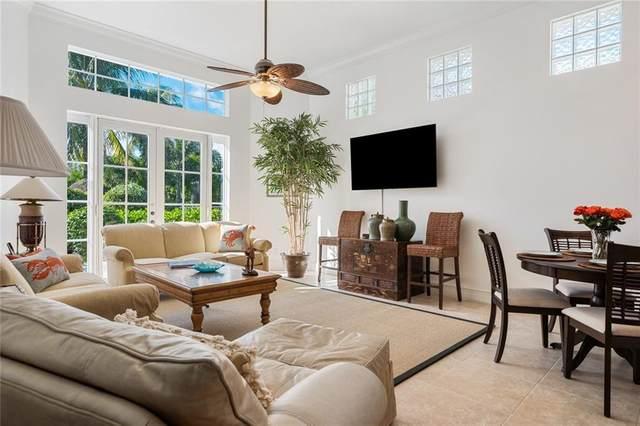 1304 Lake Bend Court, Vero Beach, FL 32963 (#236929) :: The Reynolds Team/ONE Sotheby's International Realty