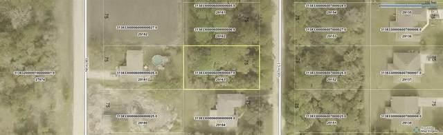 8225 105th Court, Vero Beach, FL 32967 (MLS #237045) :: Team Provancher | Dale Sorensen Real Estate