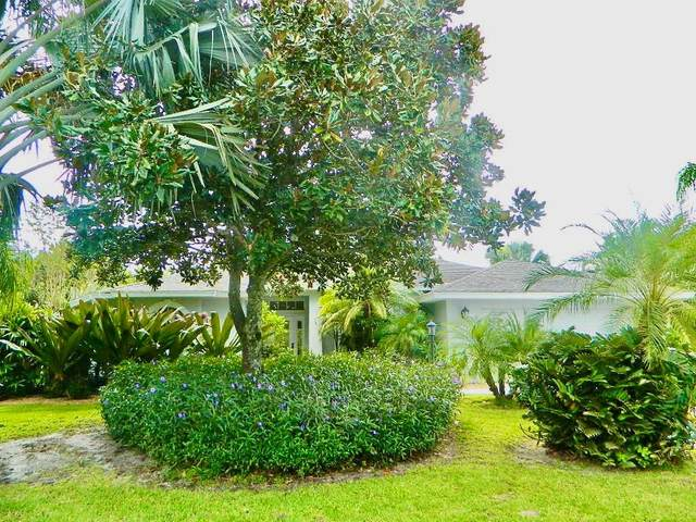 5865 40th Lane, Vero Beach, FL 32966 (MLS #237416) :: Team Provancher | Dale Sorensen Real Estate