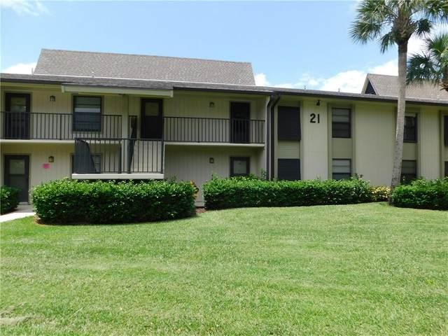 21 Plantation Drive #202, Vero Beach, FL 32966 (MLS #238824) :: Billero & Billero Properties
