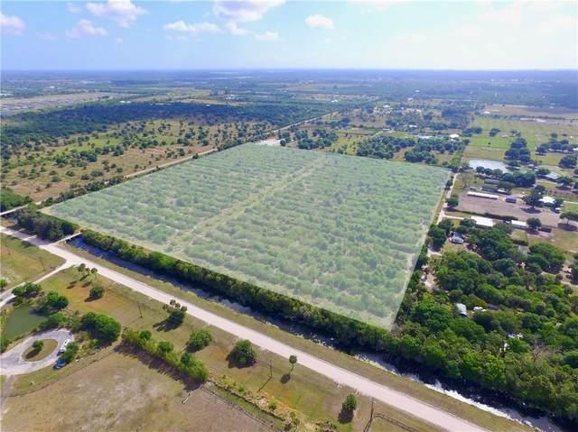 7205 8th Street, Vero Beach, FL 32968 (MLS #239417) :: Team Provancher | Dale Sorensen Real Estate