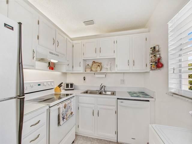 105 Springlake Court #205, Vero Beach, FL 32962 (MLS #239501) :: Team Provancher | Dale Sorensen Real Estate
