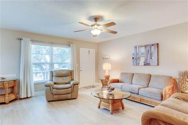 52 Woodland Drive #206, Vero Beach, FL 32962 (MLS #239665) :: Team Provancher | Dale Sorensen Real Estate