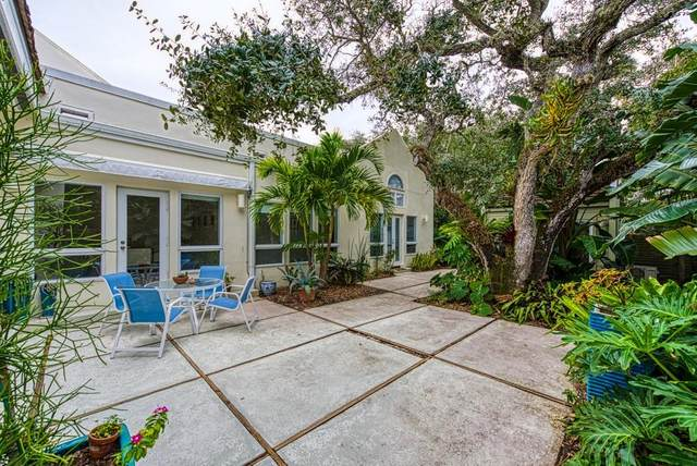 8317 Chinaberry Road #8317, Indian River Shores, FL 32963 (MLS #239961) :: Team Provancher   Dale Sorensen Real Estate