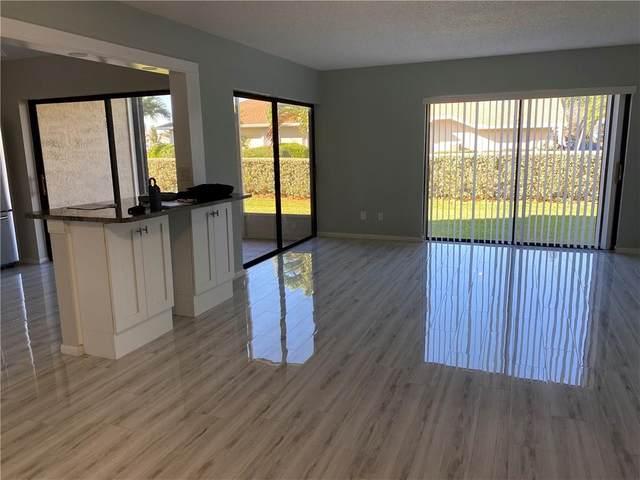 3215 S Lakeview Circle #103, Hutchinson Island, FL 34949 (MLS #240002) :: Billero & Billero Properties