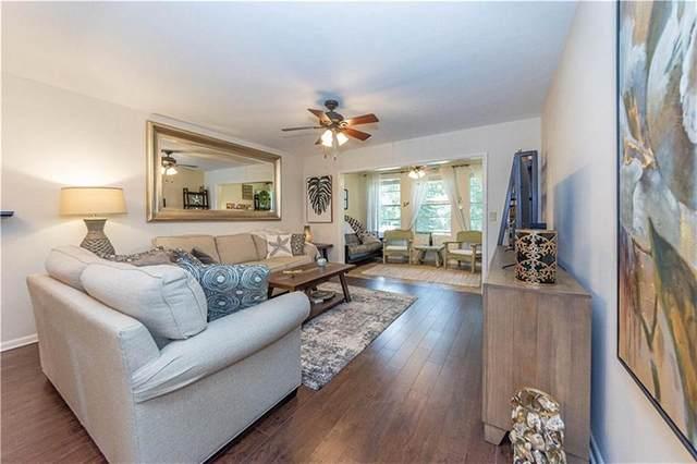 677 Royal Palm Boulevard #8, Vero Beach, FL 32960 (#240026) :: The Reynolds Team/ONE Sotheby's International Realty