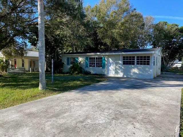 955 35th Avenue, Vero Beach, FL 32960 (MLS #240235) :: Team Provancher | Dale Sorensen Real Estate