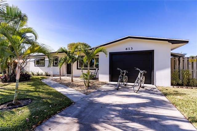 613 Tradewinds Avenue, Fort Pierce, FL 34949 (MLS #240275) :: Team Provancher | Dale Sorensen Real Estate