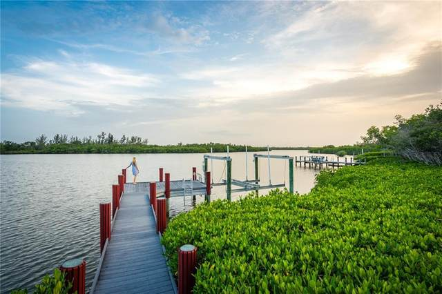 2585 Riverview Court, Vero Beach, FL 32963 (MLS #240295) :: Billero & Billero Properties