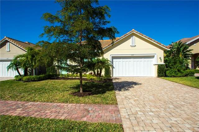 2219 Falls Circle, Vero Beach, FL 32967 (#240839) :: The Reynolds Team/ONE Sotheby's International Realty