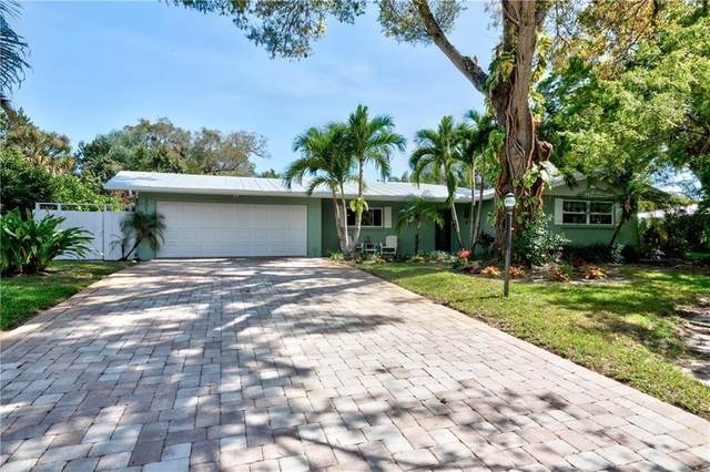 3050 11th Avenue, Vero Beach, FL 32960 (#241004) :: The Reynolds Team/ONE Sotheby's International Realty