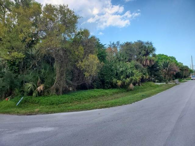 2476 29th Avenue SW, Vero Beach, FL 32968 (MLS #241039) :: Billero & Billero Properties