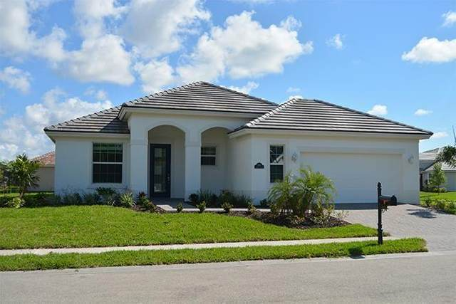 8365 Summer Lake Drive, Vero Beach, FL 32967 (MLS #241159) :: Billero & Billero Properties